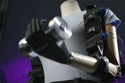 스파이더맨 슈트처럼 몸에 착 붙는 인공근육, 1500배 무게도 '번쩍'