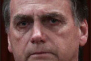 """브라질, 누적사망 50만명… 거세진 """"대통령 퇴진"""""""
