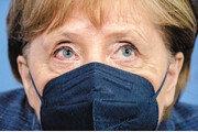 대홍수에 떠내려간 메르켈 '엄마 리더십' [글로벌 포커스]
