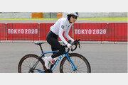 [올림픽]'7㎞ 차이' 난민팀 사이클 선수의 아름다운 꼴찌
