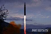 """美 DIA """"北, 내년 장거리 미사일 시험발사·핵실험 재개"""" 우려"""