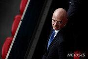 IOC, FIFA 월드컵 개최 주기 2년 단축에 우려