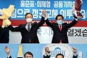 최재형 지지 얻은 洪 vs 주호영 영입한 尹…세불리기 경쟁 치열