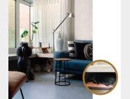 박지현 달앤스타일 대표의 집 거실. 반려견들이 휴식을 취할 수 있게 창문 밑에 '개집' 같은 아늑한 공간을 마련했다. [사진 제공 · 박지현]
