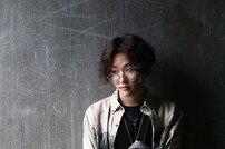 """[루키인터뷰:얘어때] 오베르 """"롤모델은 이센스, 韓 최고 래퍼 되고파"""""""