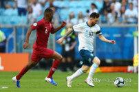 """'기사회생' 메시 """"카타르 전 승리, 아르헨티나 도약에 도움 될 것"""""""
