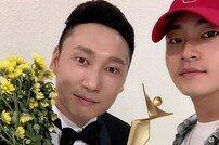 [DA:이슈] 이승윤 매니저 강현석 논란…양지(陽地)에 선 대가인가