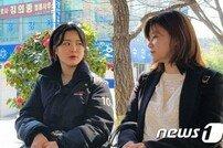 """[종합] 신유용 성폭행 코치→징역 6년 """"16세와 사랑? 죄질 불량"""""""