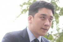 """[DA:현장] 승리 재소환, 원정도박 혐의 경찰 출석 """"성실히 조사받겠다"""" (종합)"""