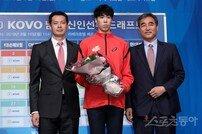 [포토] 경기대 김명관 '1라운드 1순위로 한국전력 픽!'
