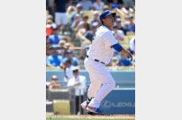 '답내친' 류현진, ML 통산 첫 홈런 폭발… 7시즌-255타석 만