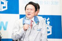 """[인터뷰] 김응수 """"'타짜' 곽철용 열풍? 고맙지만 이젠 '청일전자 미쓰리'로"""""""