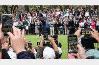 골프 황제의 선전으로 뜨거워지는 일본