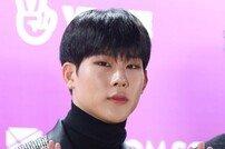 """[V앱] 몬스타엑스 형원이 전한 주헌 건강상태 """"많이 호전됐다고"""""""