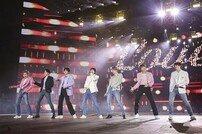 [연예뉴스 HOT①] BTS, 美 히트메이커 '올해의 그룹'에