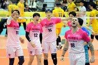 [포토] 7연승 우리카드, 팀 연승 최다 신기록