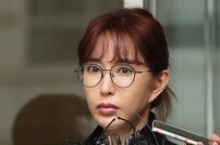 [종합] S.E.S. 슈, '도박장 빚' 패소→세입자 국민청원…원조요정의 몰락