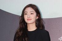[포토]김혜준, 미소 짓는 중전 (2020 백상예술대상)