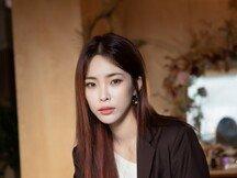 """[DA:인터뷰②] 헤이즈 """"태연-아이유와 경쟁? 우러러 보는 1人일 뿐"""""""