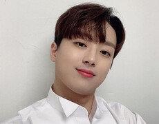 [DAY컷] 이찬원, 설레는 츄♥…트롯돌 꽃미모