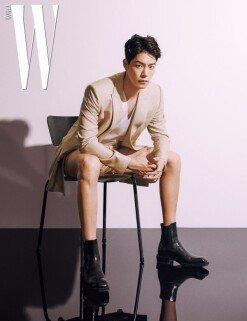 홍종현, 모델 출신다운 포스…팔색조 매력 한가득 [화보]