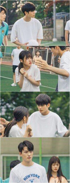 [DAY컷] '열여덟의 순간' 옹성우x김향기, 설렘 눈맞춤 '심장 찌릿'