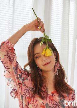 """'미스트롯' 김나희 """"미녀 개그우먼 수식어는 독, 롤모델=장윤정"""" [화보]"""