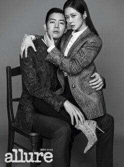 'VIP' 장나라X이상윤 커플 화보…묘한 분위기