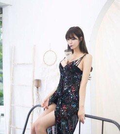 민한나, '가슴으로 커피 마시기'  도촬 버전 공개