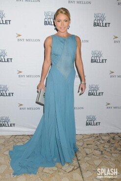 켈리 리파, 패션쇼에서도 빛나는 미모 단아+청순 [포토화보]