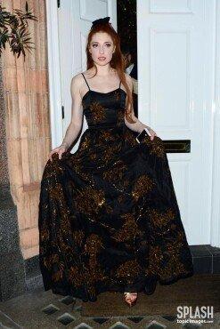 니콜라 로버츠, 아름다운 드레스 자태 섹시+청순 [포토화보]
