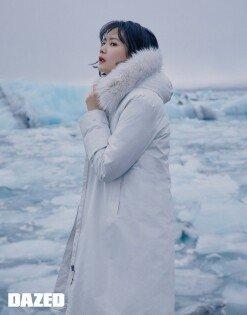 윤승아, 아이슬란드 밝히는 미모+청순 매력 [화보]