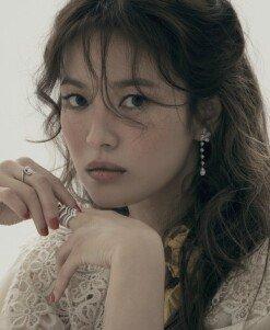 송혜교, 범접할 수 없는 우아+아름다움 '시선강탈' [화보]