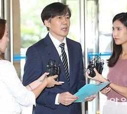 """[단독]병리학회 이사장 """"조국 딸 논문 철회돼야"""""""