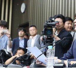 """[단독]여권 핵심-의원, 동양대 총장에 """"도와달라"""" 전화"""
