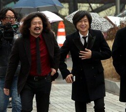 [김순덕의 도발]'나꼼수'가 주름잡는 대한민국