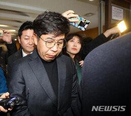 [단독]백원우팀원, 숨지기전 열흘간 靑민정실 관계자 한 명과 5차례 통화