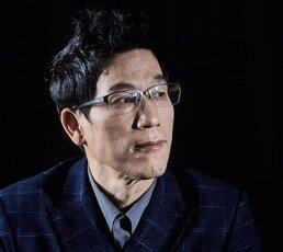 """진중권 """"조국은 '언터쳐블'…단체로 실성""""…檢인사 비판"""