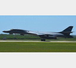 美, 괌에 '죽음의 백조' B-1B폭격기 4대 배치