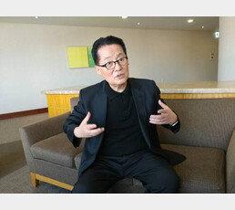 """'정치 9단' 박지원, 의원서 교수로 변신…""""교수는 처음이라"""""""