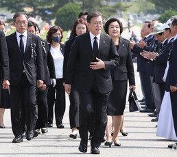 """통합당 """"文정부, 목숨 바친 선열 기만…호국영령 편가르기하나"""""""