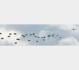 [단독]괌 날아온 美공수부대 '어디든 출격' 메시지