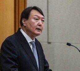 """[전문]윤석열 """"독재와 전체주의를 배격하는 진짜 민주주의"""" 갈파"""