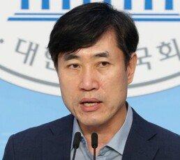 """하태경 """"영화 보고 탈원전한 文대통령…산사태 키워"""""""
