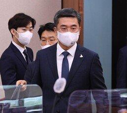 [단독]서욱 국방장관, 피살 발표 전날 靑 3번 다녀가