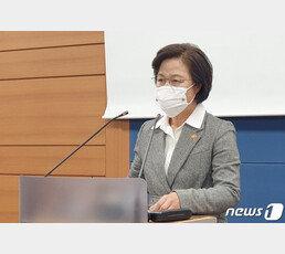 """진중권 """"秋는 깍두기요 망나니, 靑 시키는대로…尹, 원전수사 결정타"""""""
