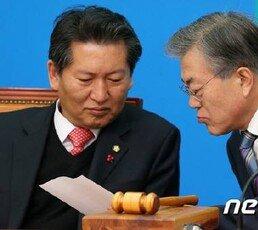 """조은산 """"文 40%지지율이 성공한 대통령?…트럼프도 41%"""""""