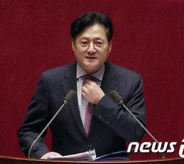 """조수진 """"'유시민 근거있다'던 홍익표 어떤 태도 보일지"""""""