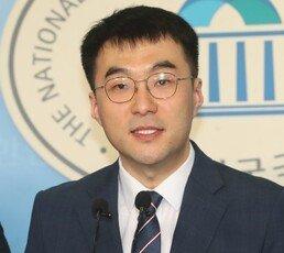 """김정은이 반발한다며…범여 35명 """"한미훈련 연기해야"""""""