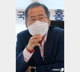 """홍준표 """"김종인, 몽니 부리지 말고 아름답게 퇴진하라"""""""